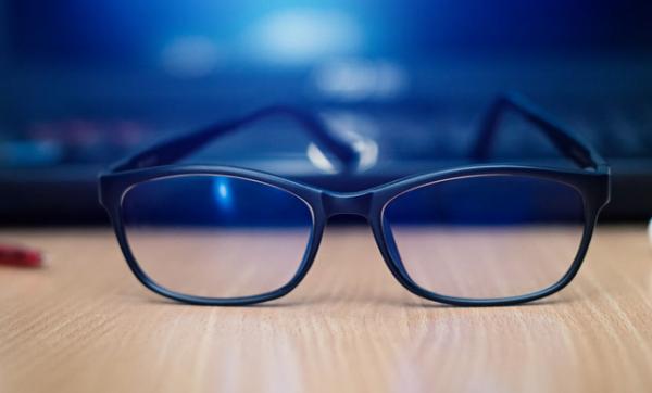 Pentingnya Kacamata Blue Light untuk Anak